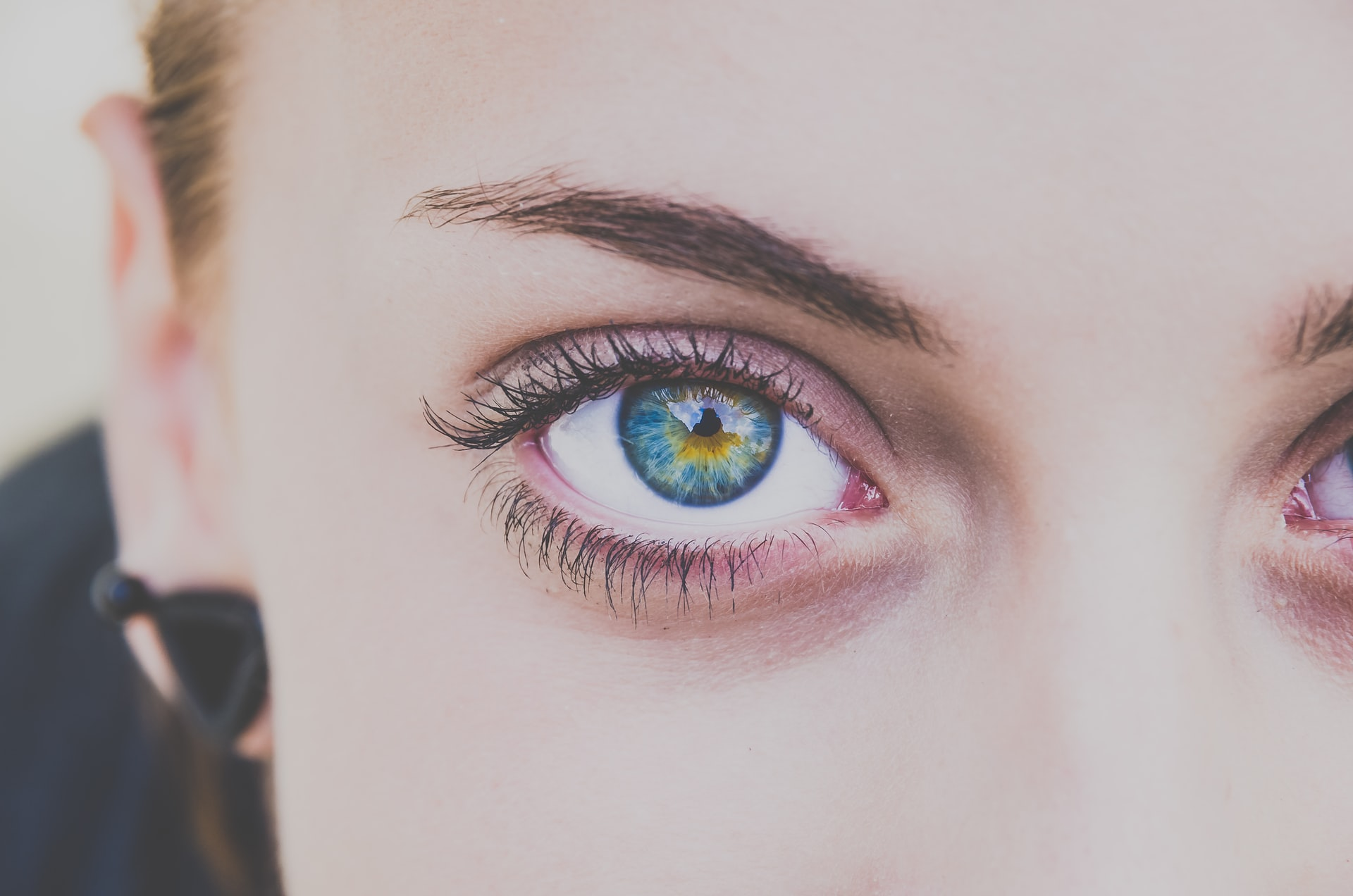 Combining Eyelid Surgery and Nonsurgical Treatments for Optimal Results